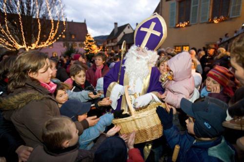 Distribution de chocolats du Saint Nicolas © Meyer