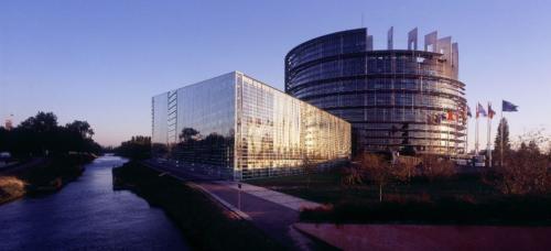 Le Parlement Européen à Strasbourg © Zvardon